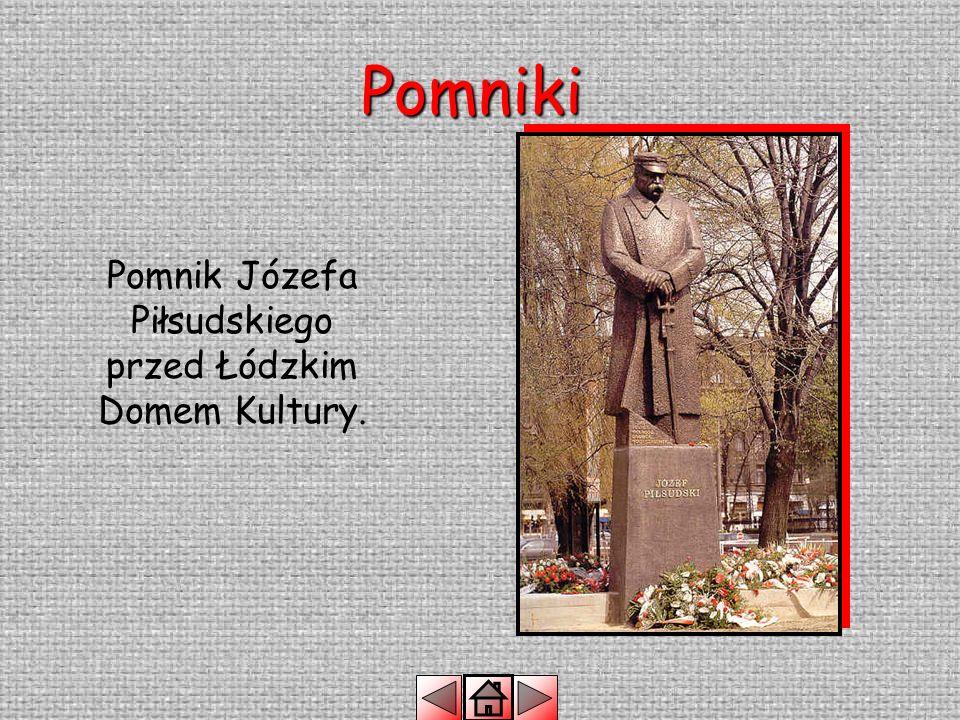Pomniki Pomnik Jana Pawła II przed łódzką Archikatedrą