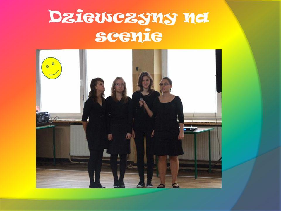 Dziewczyny na scenie