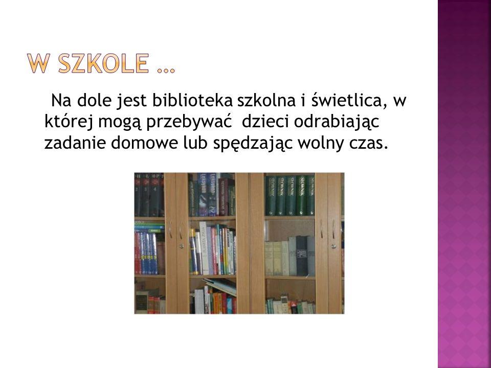 ICIM Przy bibliotece szkolnej znajduje się Internetowe Centrum Informacji Multimedialnej.
