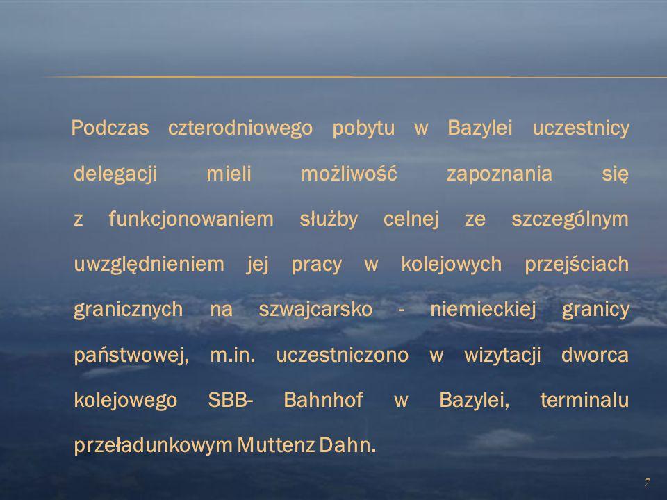 6 W niniejszej wizycie studyjnej uczestniczyli przedstawiciele: administracji publicznej Wojewoda Podlaski - Pan Maciej Żywno administracji granicznej
