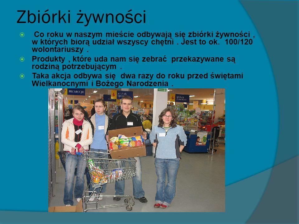 Zbiórki żywności Co roku w naszym mieście odbywają się zbiórki żywności, w których biorą udział wszyscy chętni.