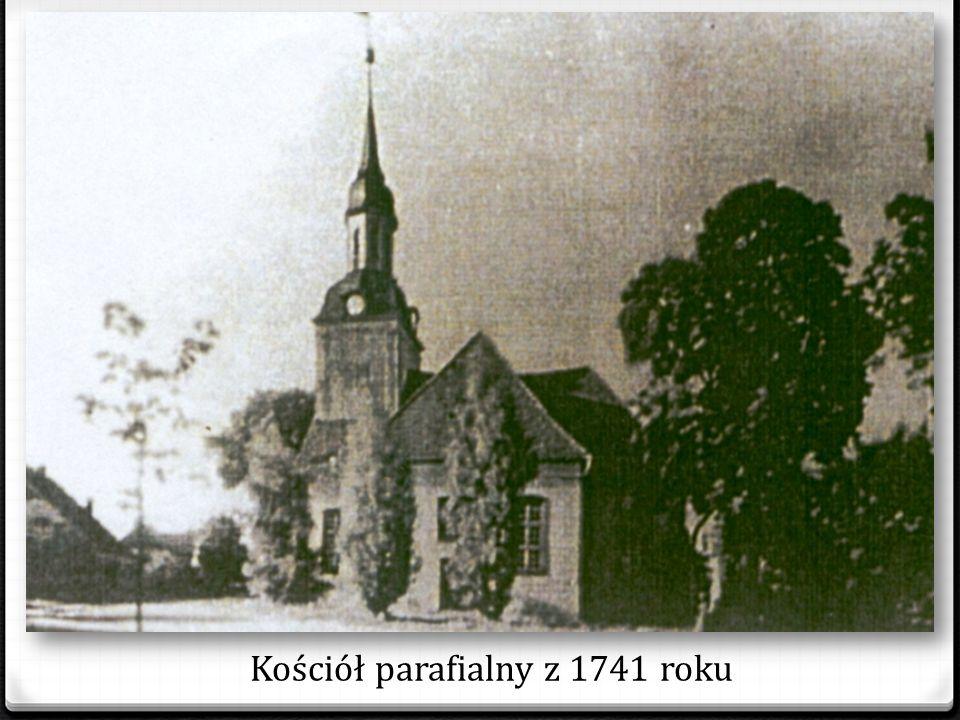 KOŚCIOŁY Większość mieszkańców Stepnicy to protestanci, w 1939r. mieszkało tu tylko 6 rodzin wyznania rzymsko-katolickiego. Należały one do parafii w