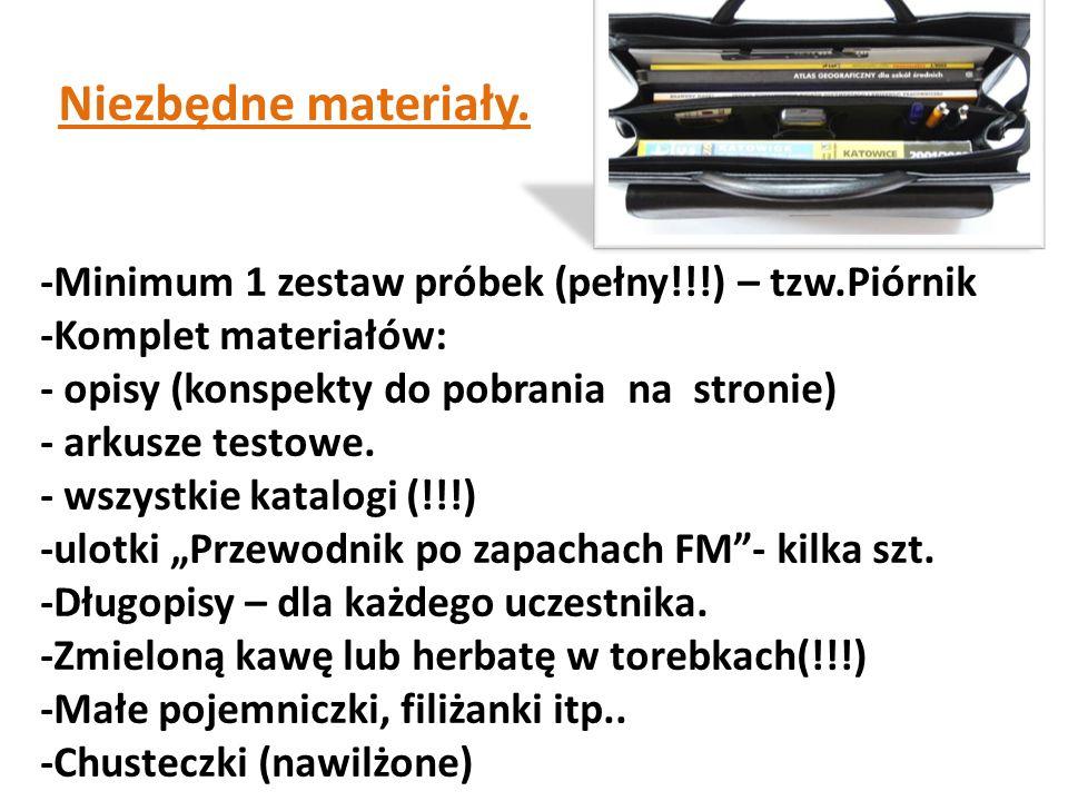-Minimum 1 zestaw próbek (pełny!!!) – tzw.Piórnik -Komplet materiałów: - opisy (konspekty do pobrania na stronie) - arkusze testowe. - wszystkie katal