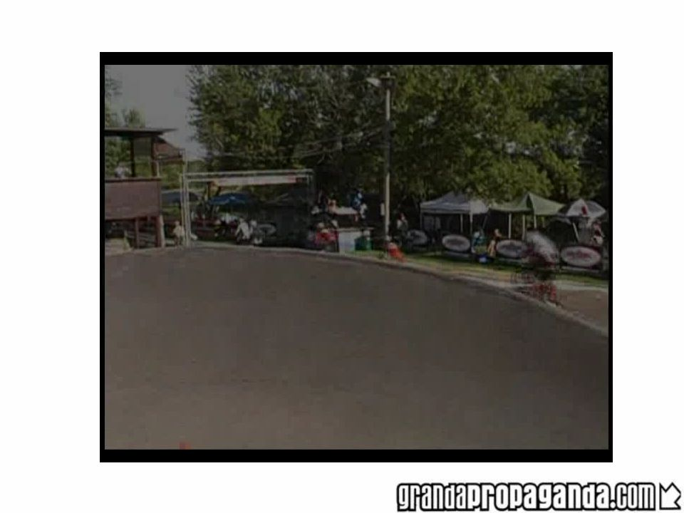 Wymogi terenowe Teren pod budowę toru do bmx racingu powinien być płaski lub lekko pochyły.
