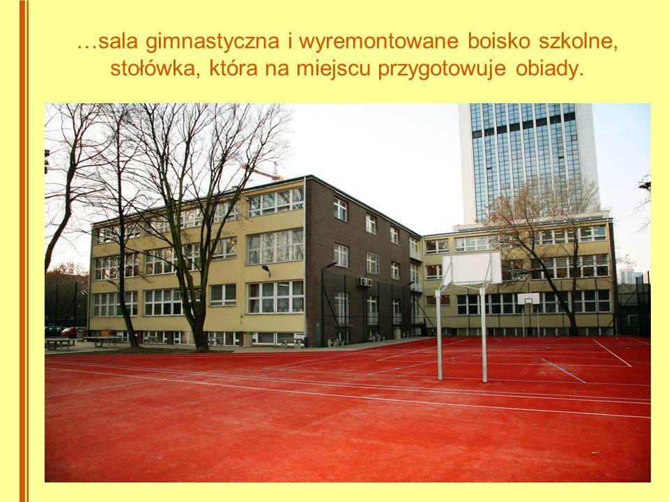 Mamy stałe miejsce w Złotej Piętnastce liceów warszawskich 2006 – IX 2007 – XII 2008 – IX 2009 – VIII