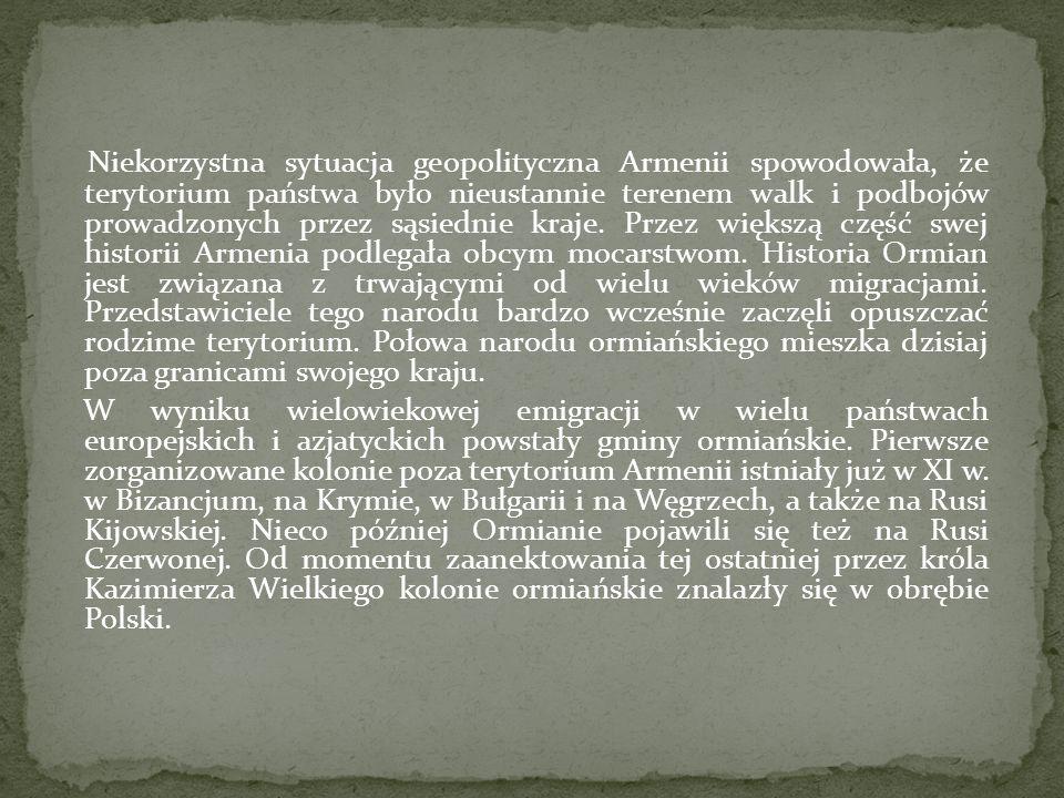 Niekorzystna sytuacja geopolityczna Armenii spowodowała, że terytorium państwa było nieustannie terenem walk i podbojów prowadzonych przez sąsiednie k