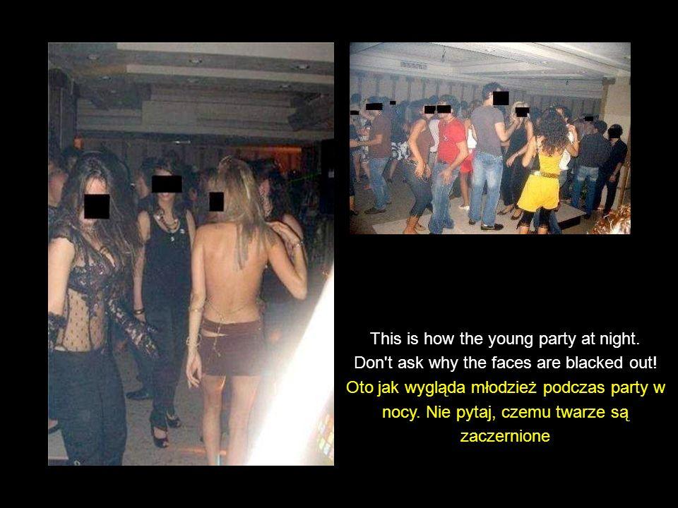 A fashion show (underground), by invitation only Pokaz mody (metro), tylko za zaproszeniem