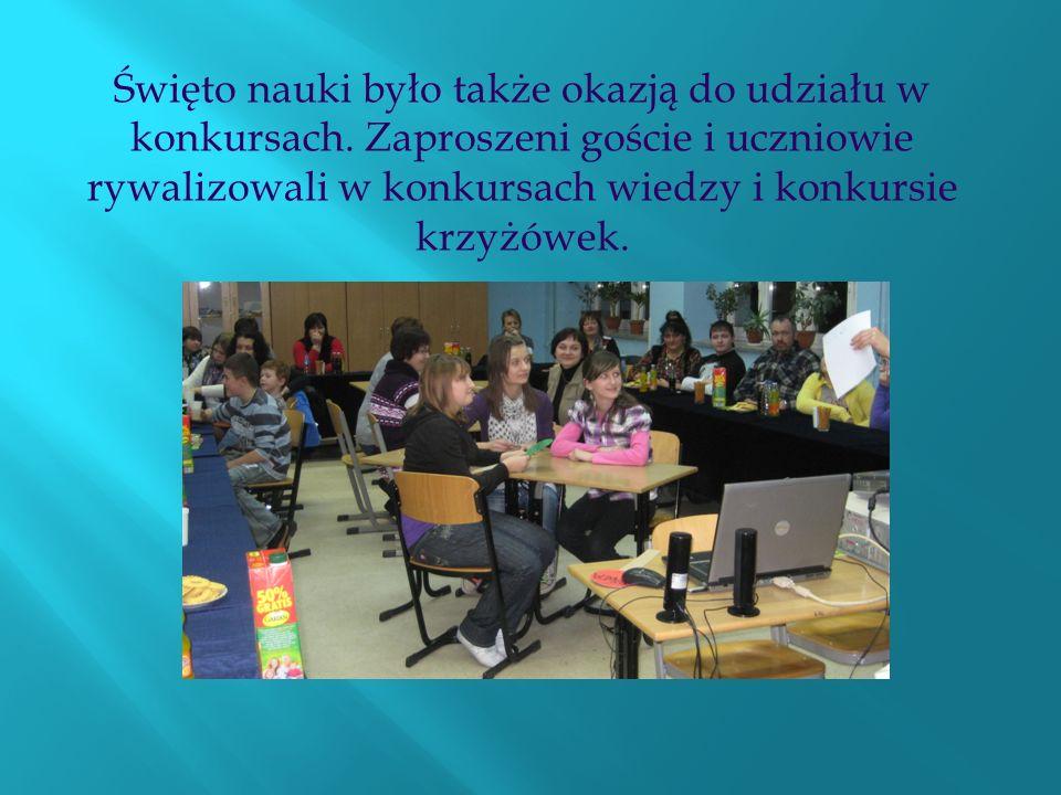 Święto nauki było także okazją do udziału w konkursach. Zaproszeni goście i uczniowie rywalizowali w konkursach wiedzy i konkursie krzyżówek.