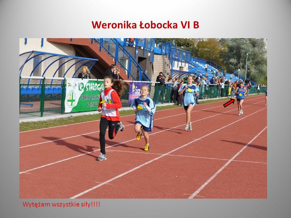 Dominik Ścisłowski absolwent ZS 2 Bieg na dystansie 10 kilometrów.