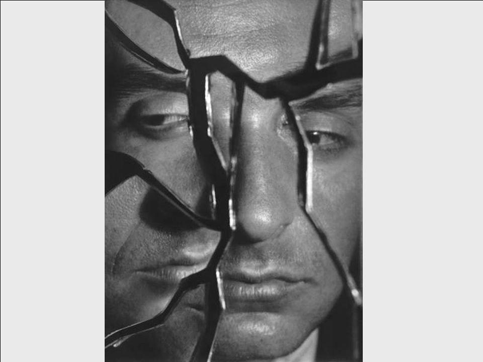 Stefan Wojnecki Komentarz do własnej twórczości Myślą przewodnią mojej twórczości jest sztuka penetrująca.