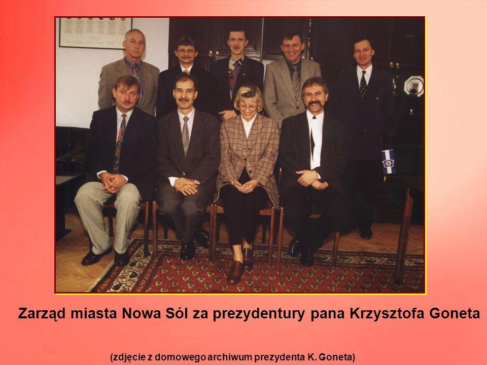 (po prawej) – prezydent Miasta Nowa Sól w latach 1998 - 2002 (po lewej) – przewodniczący Rady Miejskiej w latach 1998 – 2002.