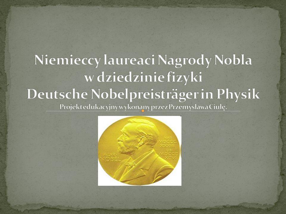 Otrzymał w 1901 roku Nagrodę Nobla za odkrycie typu promieniowania X.