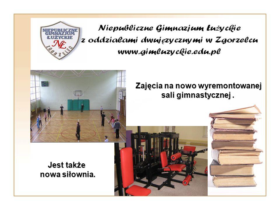 Zajęcia na nowo wyremontowanej sali gimnastycznej. Zajęcia na nowo wyremontowanej sali gimnastycznej. Jest także nowa siłownia.