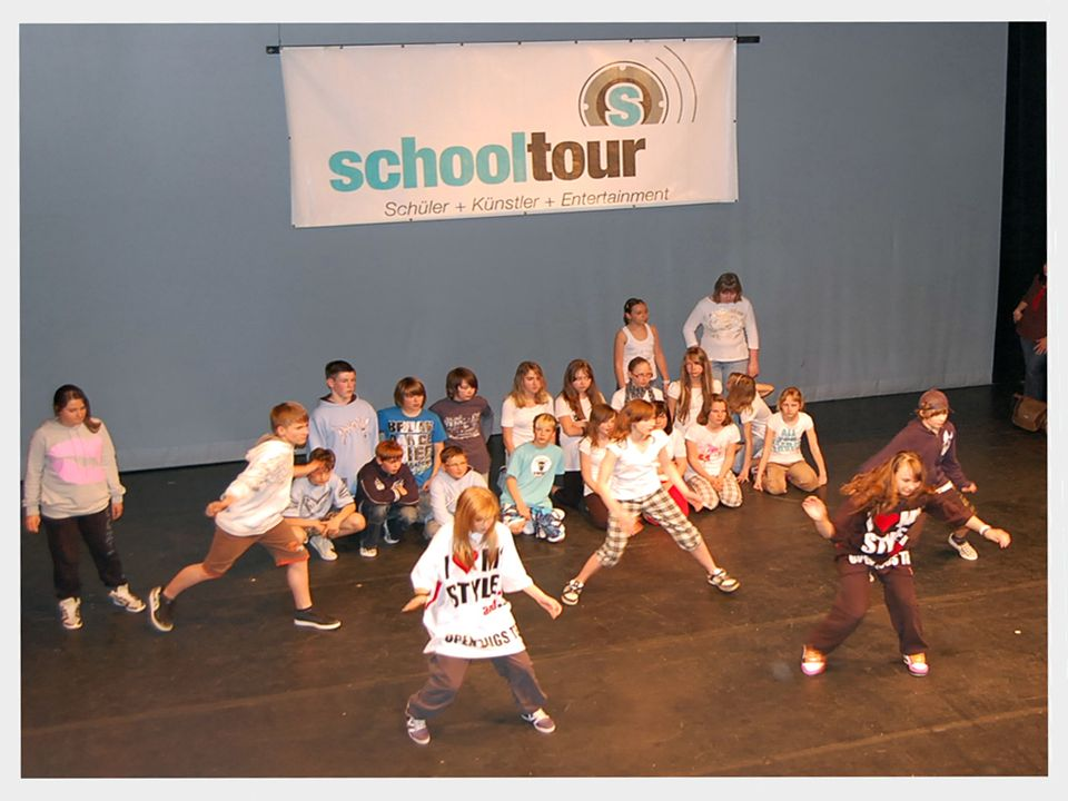 Schooltour W kwietniu 2009 odbyły się międzynarodowe 5-cio dniowe warsztaty artystyczne z udziałem uczniów gimnazjum z Goerlitz oraz Gimnazjum Łużycki