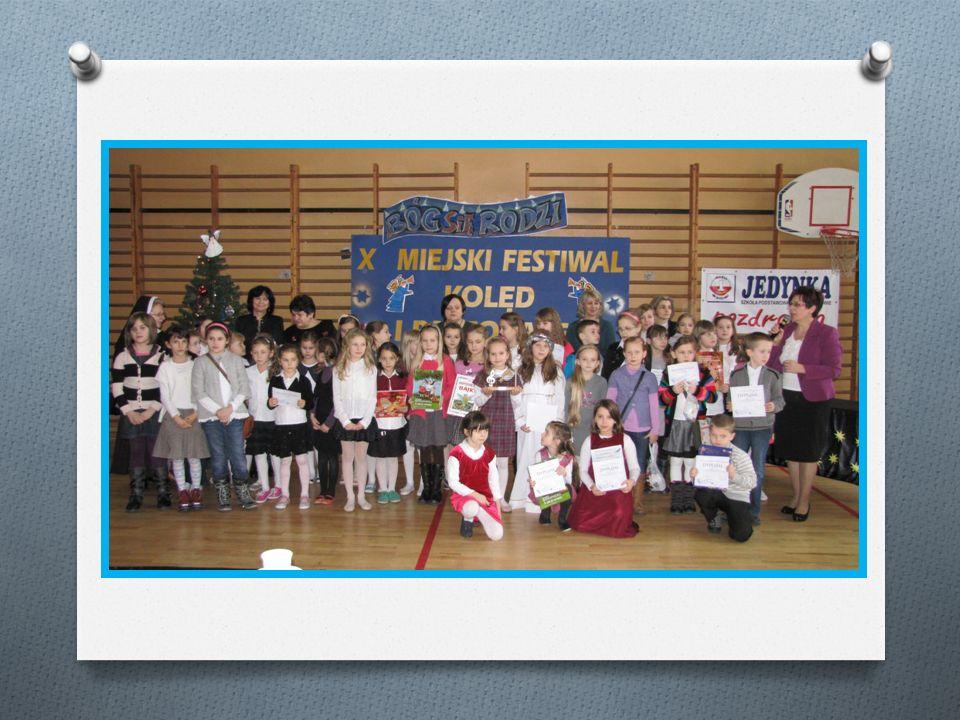 II Edycja projektu UNICEF Wszystkie kolory świata -uszyj laleczkę daj dzieciom nadzieję Modesta Szczęsna Jolanta Falkowicz Elżbieta Miciuk Agata Polichańczuk Podczas zabawy choinkowej odbyła się licytacja laleczek.