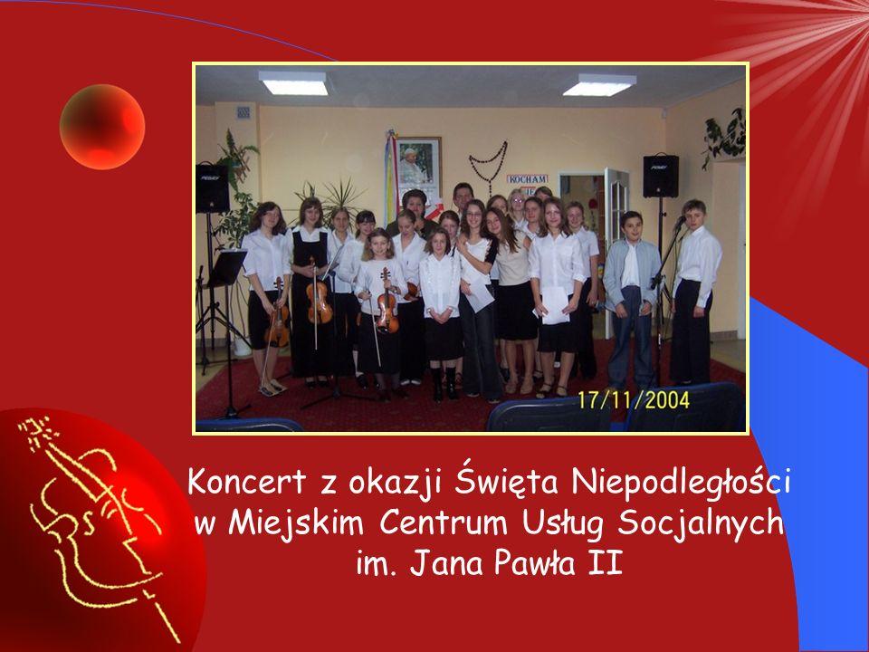 Koncert Mikołajkowy, na którym wystąpili uczniowie, rodzice i nauczyciele