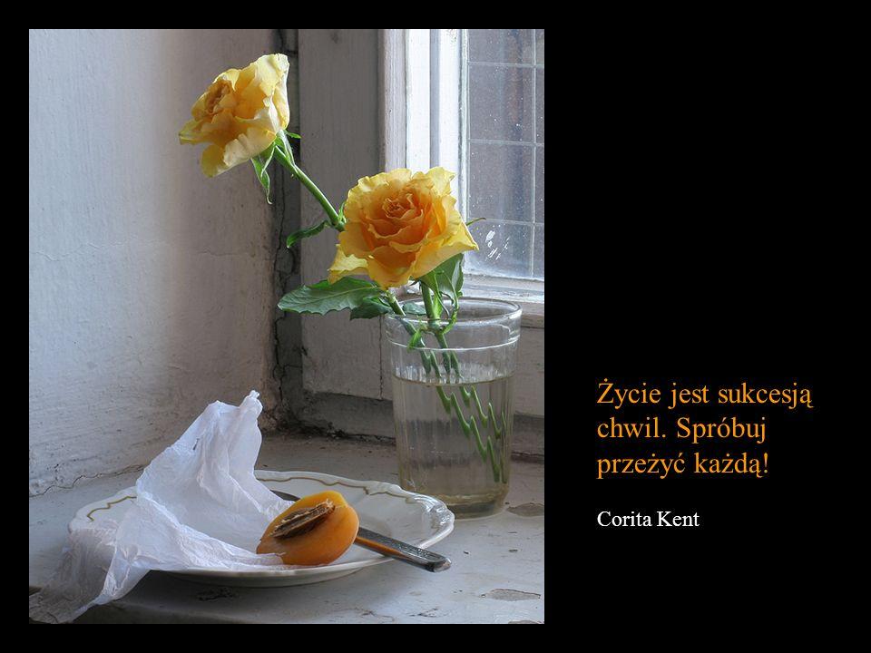 Wielką sztuką życia jest czuć, że się istnieje nawet w bólu. Lord Byron