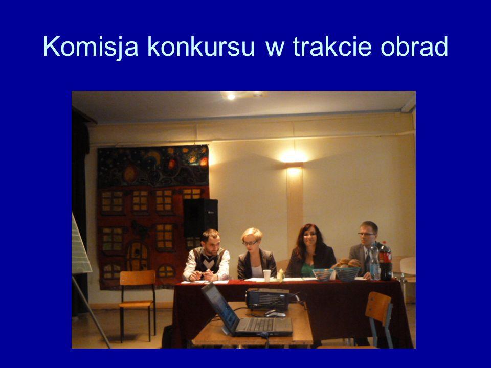 Komisja konkursu w trakcie obrad