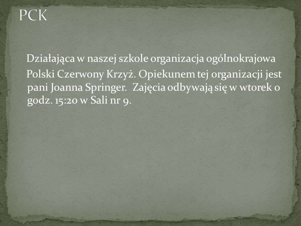 Nasz chór nosi nazwę Megafałsz. Opiekunem tego chóru jest pani Adrianna Bosiacka.