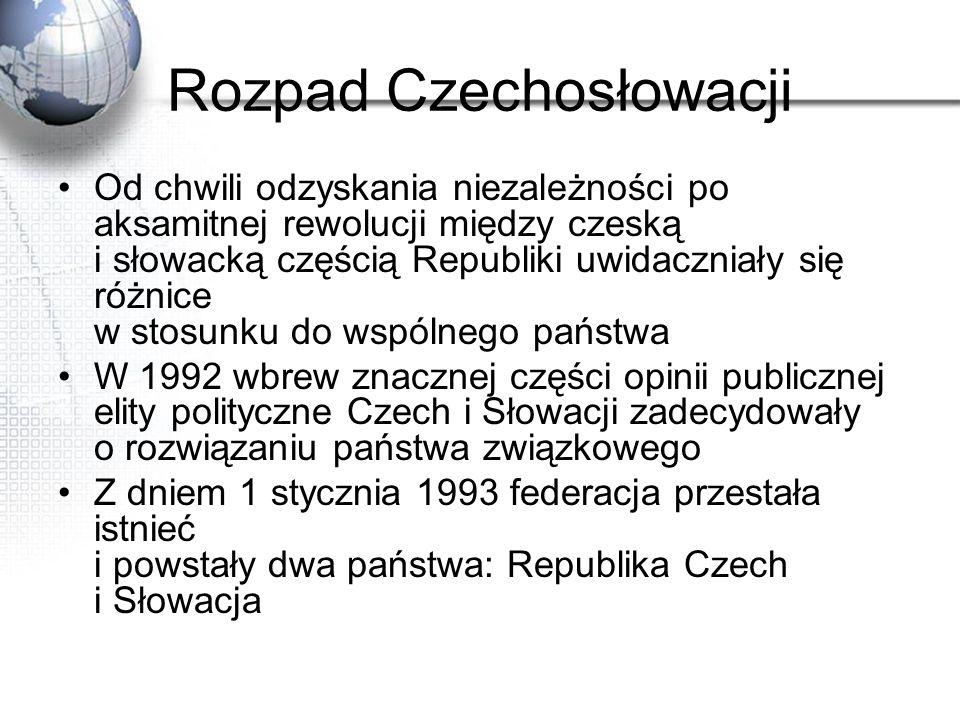 Rozpad Czechosłowacji Od chwili odzyskania niezależności po aksamitnej rewolucji między czeską i słowacką częścią Republiki uwidaczniały się różnice w