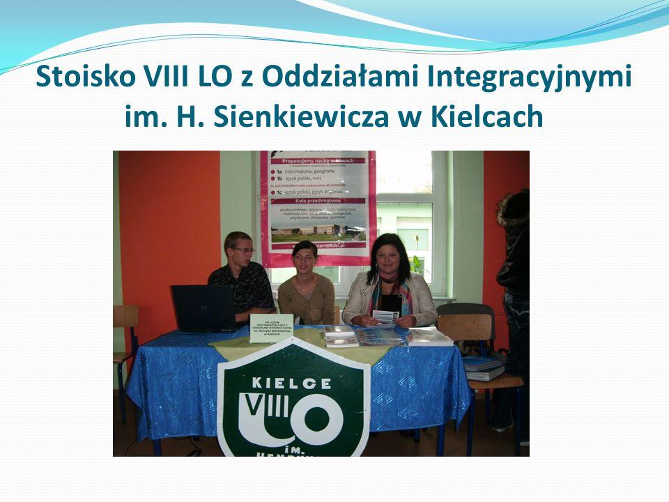 Stoisko VIII LO z Oddziałami Integracyjnymi im. H. Sienkiewicza w Kielcach
