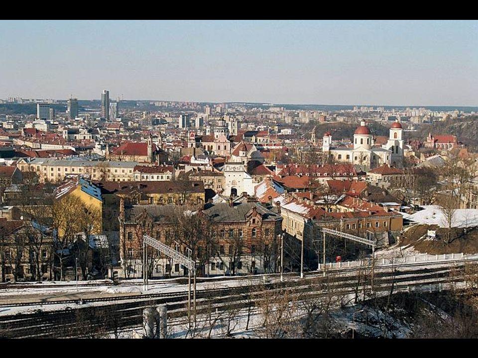 Zdjęcia z balkonu bloku w Lipowce