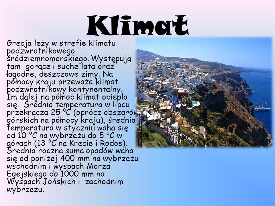 Klimat Grecja leży w strefie klimatu podzwrotnikowego śródziemnomorskiego. Występują tam gorące i suche lata oraz łagodne, deszczowe zimy. Na północy