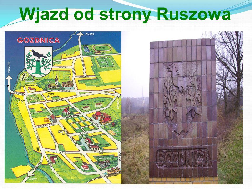 Wjazd od strony Ruszowa