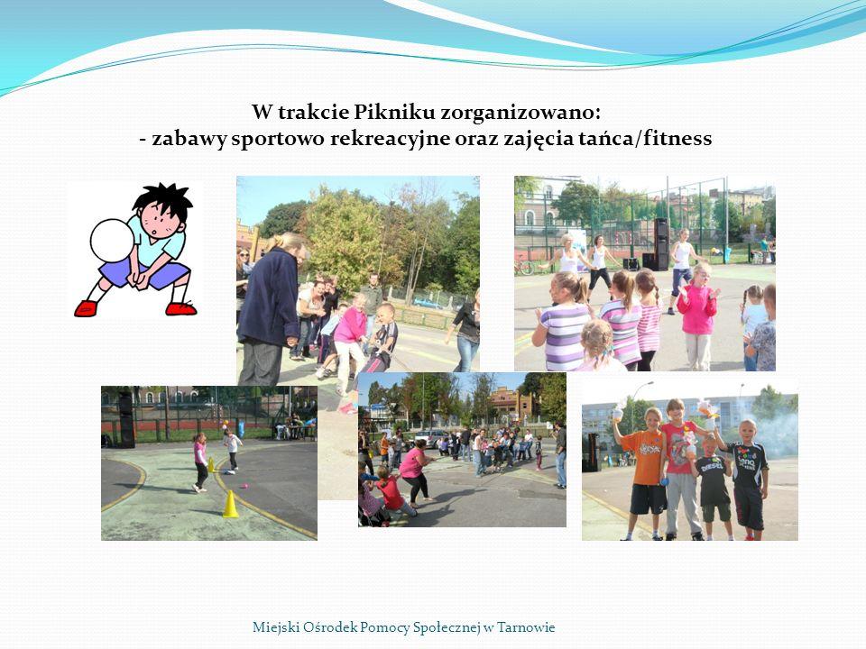 Miejski Ośrodek Pomocy Społecznej w Tarnowie - malowanie twarzy dzieci,
