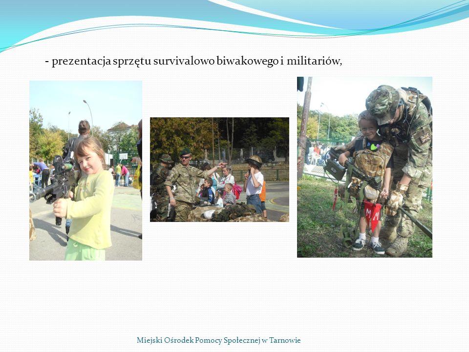 Miejski Ośrodek Pomocy Społecznej w Tarnowie - prezentacja sprzętu survivalowo biwakowego i militariów,