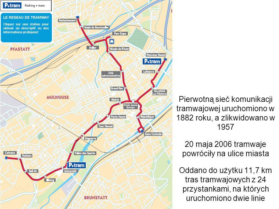 Porte Jeune - wspólny odcinek obu linii tramwajowych System składa się z dwóch linii łączących się krótkim czterotorowym odcinkiem z przystankami na Porte Jeune w centrum
