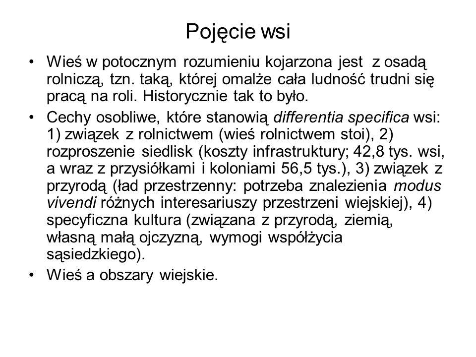 Demografia Polska wieś, generalnie rzecz biorąc, uchroniła się przed depopulacją, jaka dotknęła większość miejscowości wiejskich w krajach rozwiniętych Liczba pracujących w rolnictwie powoli maleje, lecz nadal jest duża w zestawieniu z krajami zachodnioeuropejskimi.
