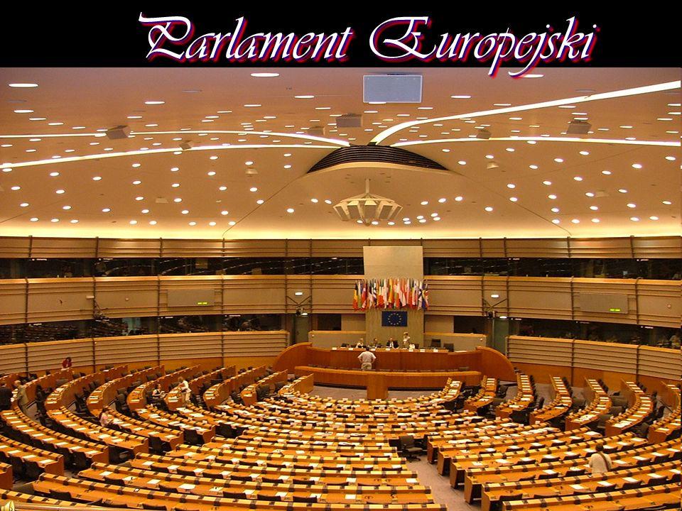 Wn ę trze Parlamentu Europejskiego w Brukseli Wn ę trze Parlamentu Europejskiego w Strasburgu