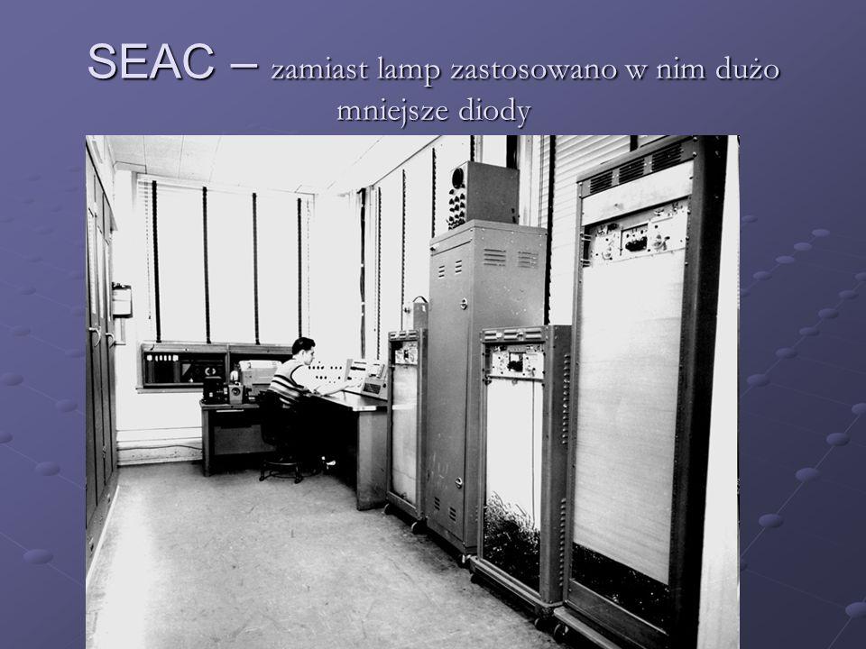 IBM 305 RAMAC – 1956 – pierwszy prototyp pamięci dyskowej