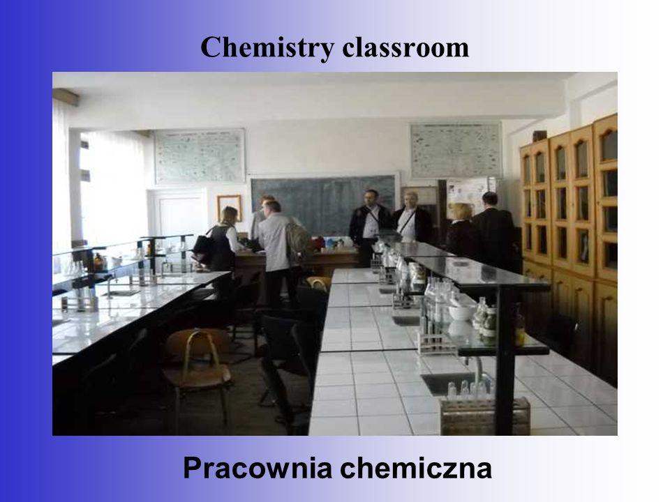 Chemistry classroom Pracownia chemiczna