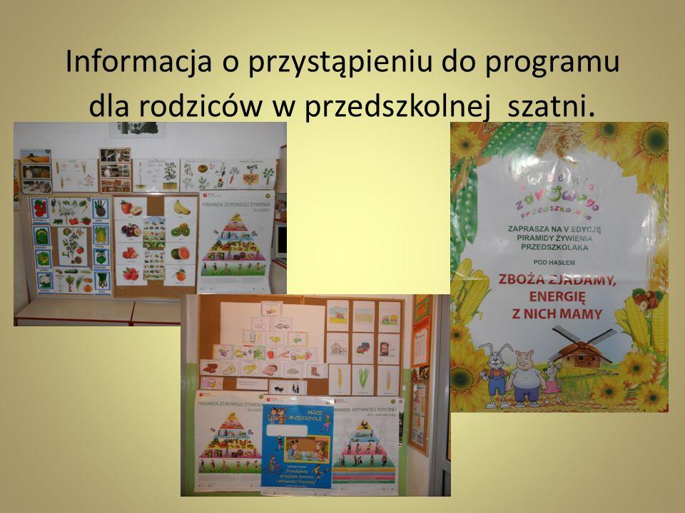 Informacja o przystąpieniu do programu dla rodziców w przedszkolnej szatni.