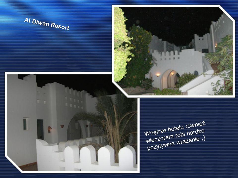 Al Diwan Resort Wnętrze hotelu również wieczorem robi bardzo pozytywne wrażenie ;)
