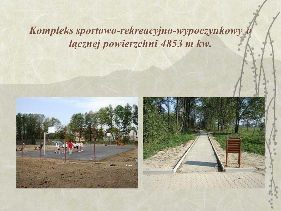 Kompleks sportowo-rekreacyjno-wypoczynkowy o łącznej powierzchni 4853 m kw.