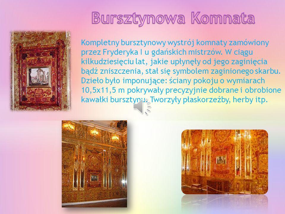 Największa prawosławna świątynia w Sankt Petersburgu oraz druga co do wielkości w Rosji (zaraz po Soborze Chrystusa Zbawiciela w Moskwie), wybudowana