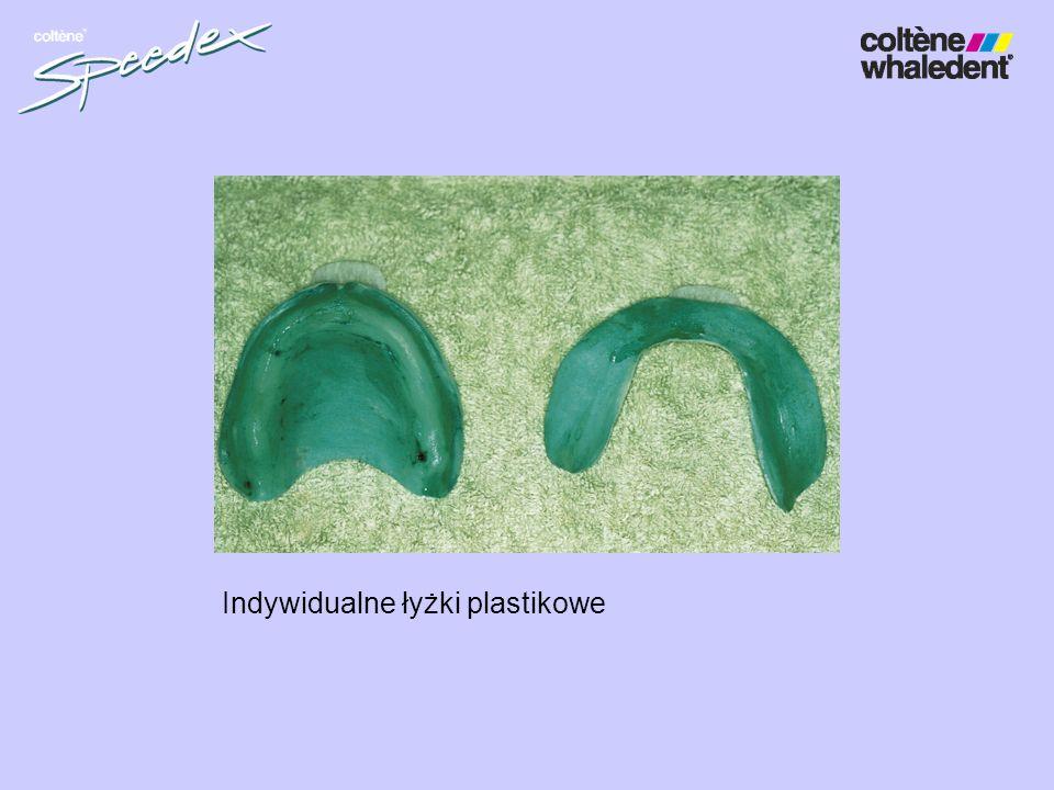 Indywidualne łyżki plastikowe