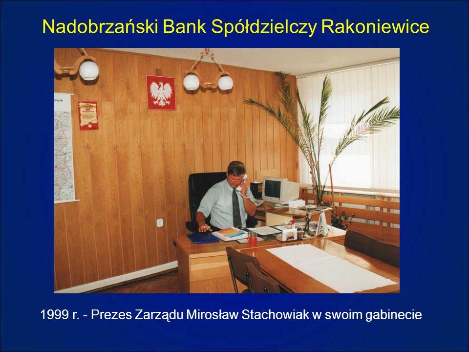Nadobrzański Bank Spółdzielczy Rakoniewice 1999 r. - Prezes Zarządu Mirosław Stachowiak w swoim gabinecie
