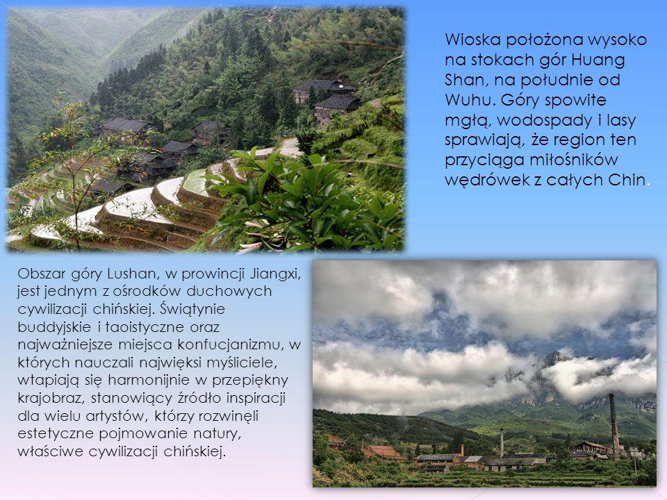 Krajobraz Krasowy Południowych Chin, rozciąga się w prowincjach Junnan, Guizhou and Guangxi na obszarze pół miliona metrów kwadratowych. Region Połudn