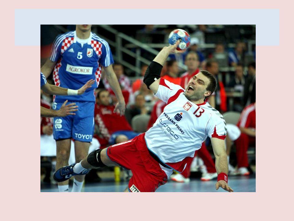 KONTUZJA OKA 11 czerwca 2010, podczas towarzyskiego meczu z Chorwacją w Kielcach Bielecki doznał poważnego urazu oka.