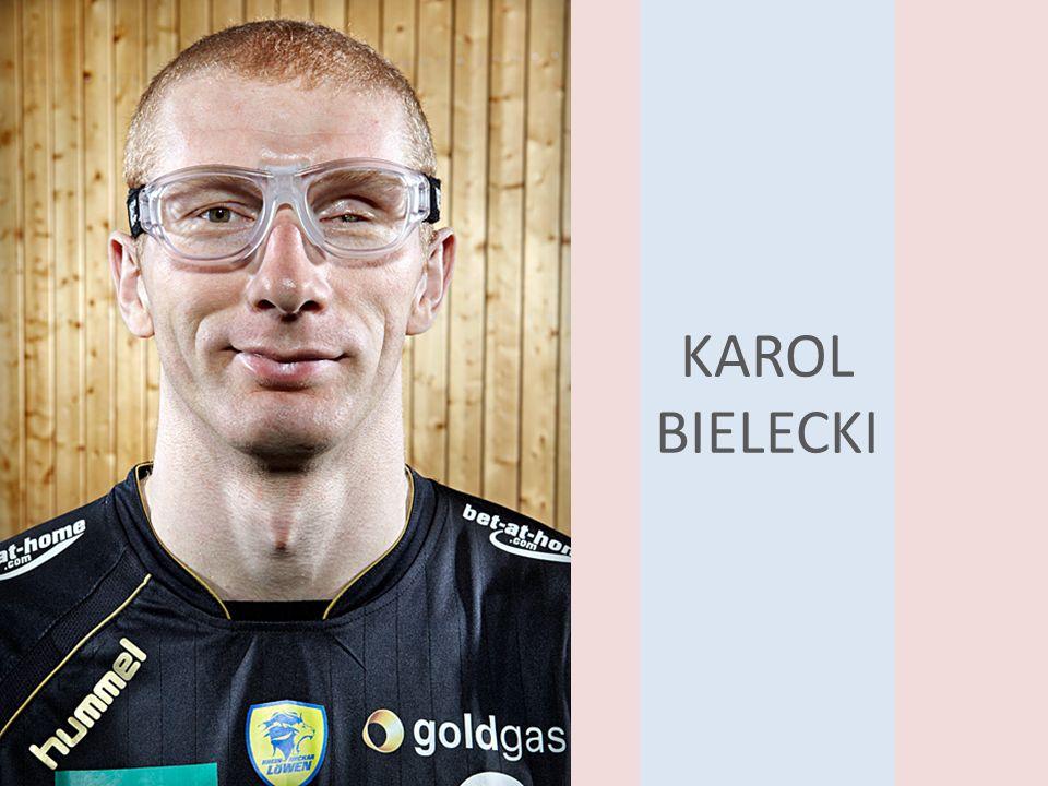 11 26 lipca wystąpił w meczu charytatywnym na rzecz rodziny zmarłego Olega Velyky pomiędzy Rhein-Neckar Löwen, a Resztą Świata, w którym zanotował 3 trafienia.