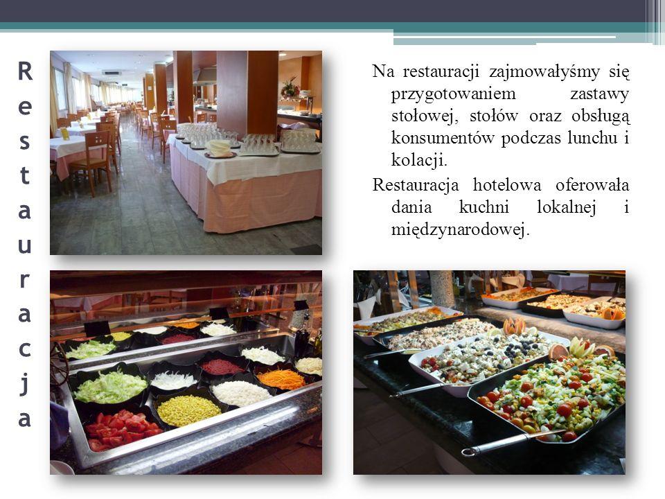 Na restauracji zajmowałyśmy się przygotowaniem zastawy stołowej, stołów oraz obsługą konsumentów podczas lunchu i kolacji. Restauracja hotelowa oferow