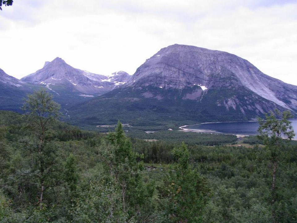 Norwegia to Fiordy...... góry...... i jeziora