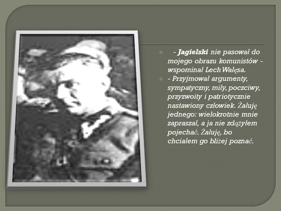 Urodzony 12 stycznia 1924 r.w Ko ł omyi. Zmar ł 27 lutego 1997 roku w Warszawie.