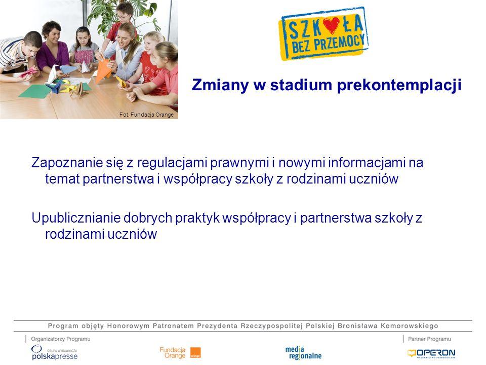 Fot. Fundacja Orange Zapoznanie się z regulacjami prawnymi i nowymi informacjami na temat partnerstwa i współpracy szkoły z rodzinami uczniów Upublicz