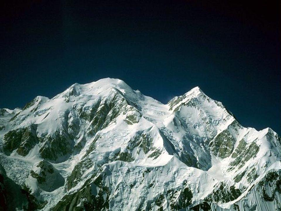 M M cKinley McKinley, Mount McKinley, najwyższy szczyt Ameryki Północnej, położony w Kordylierach Północnych, w górach Alaska, w USA. Wysokość 6194 m