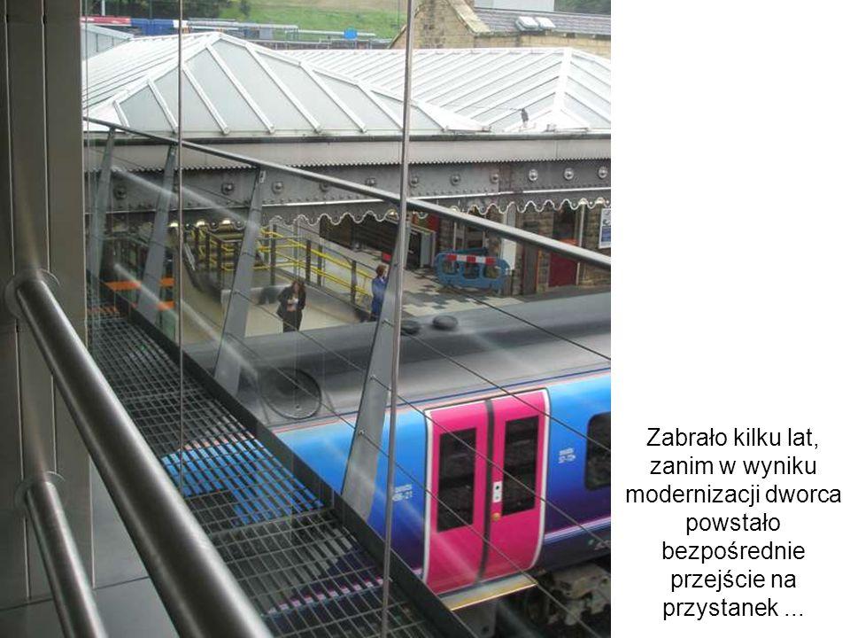 Zabrało kilku lat, zanim w wyniku modernizacji dworca powstało bezpośrednie przejście na przystanek...